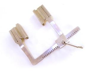 JM-01-06型胸腔牵开器