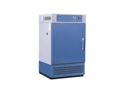 高低温培养箱