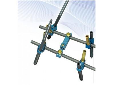 RS3D脊柱内固定系统