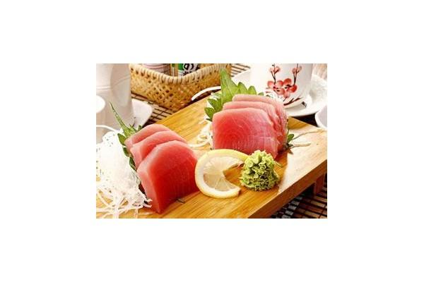 生鱼片中含寄生虫 当心生食时尚陷阱