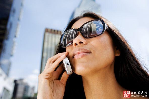 手机成瘾要看精神科