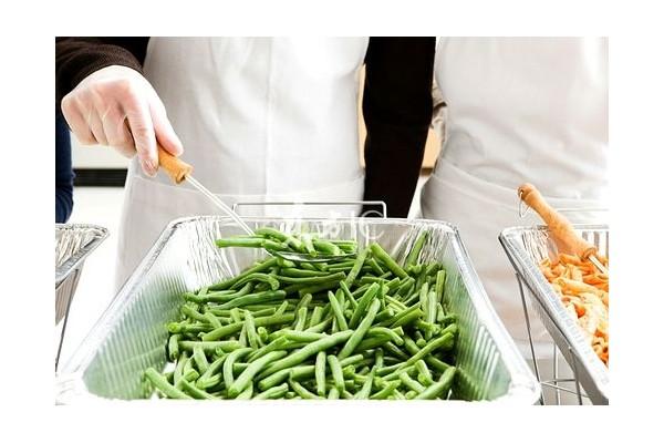 保健养生:7种没煮熟食物比砒霜更毒