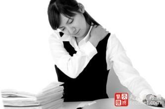 7个保健方 缓解肩膀酸痛