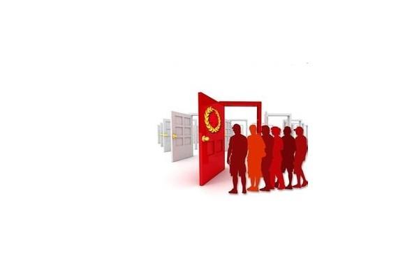 中国红十字会向大化捐赠医疗教学设备