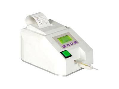 半自动尿液化学分析仪