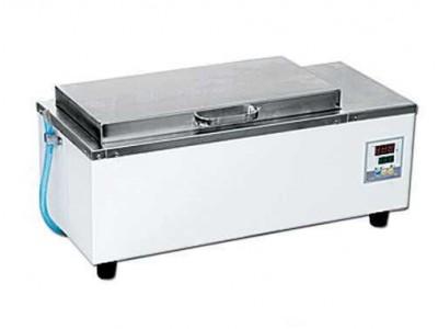 420 型电热恒温水箱