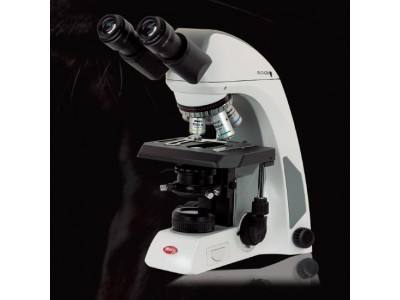 全球首发:麦克奥迪PANTHER智能化生物显微镜