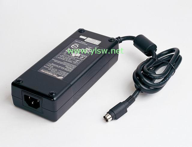 供应有ULCE的27V/5.56A医疗电源适配器