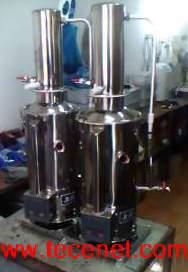 自动不锈钢蒸馏水器
