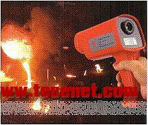 供应高性价比高温便携式红外测温仪