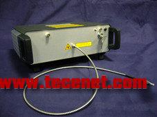 超连续谱激光器